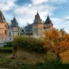 Zamek w Gołuchowie  :: Zamek rycerski nad Ciemną<br />. Pierwotnie obronny dwór<br /> zbudowany w stylu renesa<br />nsowym przez starostę